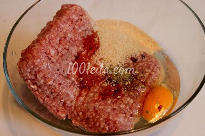 Мясной рулет с салями, болгарским перцем и каперсами: рецепт с пошаговым фото
