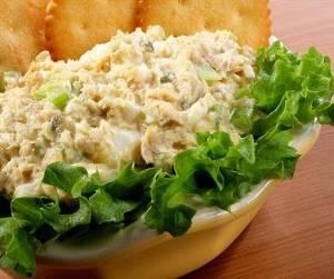 рецепт с фото Салат из осетровой рыбы и консервированного зеленого горошка &#171;Столица&#187;. /></a> </div>  </div><br /> <div style=