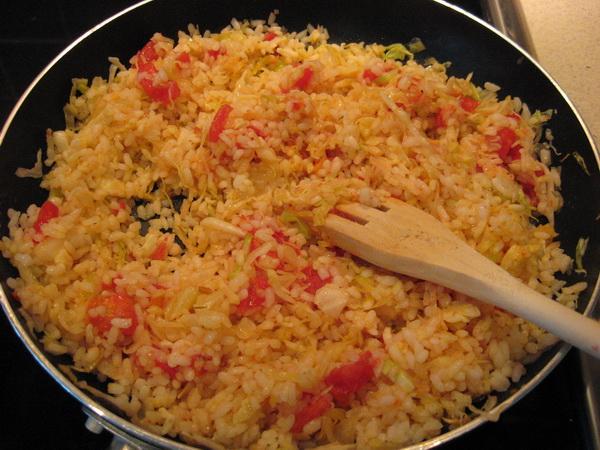Рис с овощами в сковороде пошагово