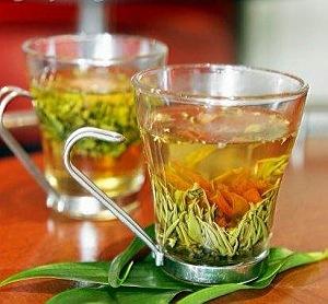 Этот полезный зеленый чай.