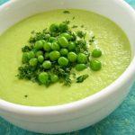 Суп-пюре из зеленого горошка для детей.