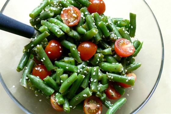 Какой салат можно приготовить из зеленых помидор