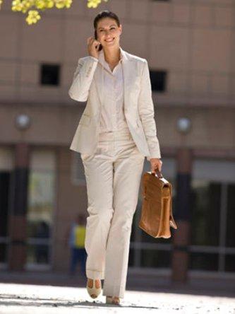 Джентльмен в юбке, или как выбирать женский костюм - На заметку