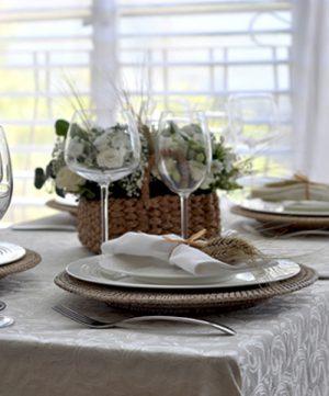 Сервировка стола к завтраку: колосок