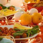 Фото сервировки детского стола: Радостный оранжевый