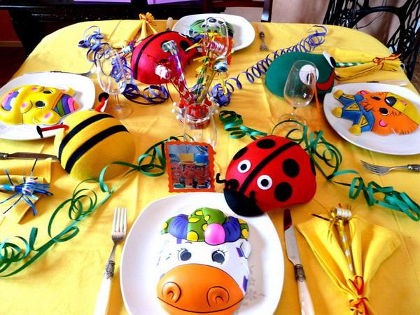 Детский день рождения накрываем стол