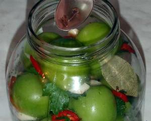рецепт консервирования зеленых помидоров