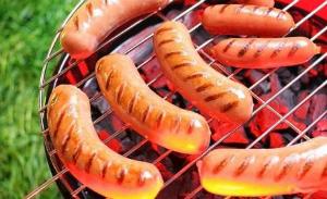 Способ приготовления сосисок барбекю портал со стеклянными полками электрокамин
