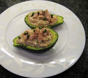 рецепт подачи в авокадо