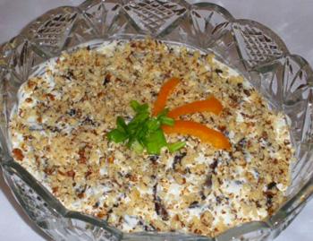 Рецепт салата с орехами