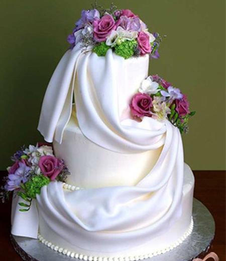 Одним из самых главных атрибутов детского дня рождения является Детские торты - рецепты и фото.  Ниже.