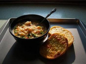 суп с рисом и зеленью