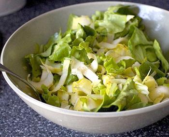 рецепт салата с виноградом ветчиной