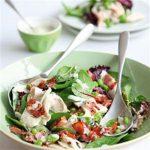Витаминный овощной салат несложен в