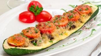 Фаршированные лодочки из баклажанов и рыба – кулинарный рецепт