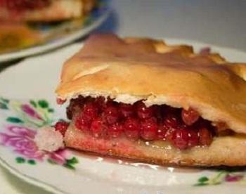 Пирог из калины пошагово