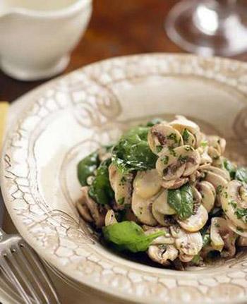 рецепт салата с мариноваными грибами