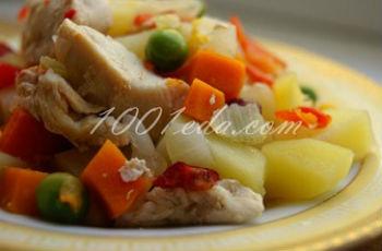 Картофель, тушенный  мясом и овощами: рецепт с пошаговым фото