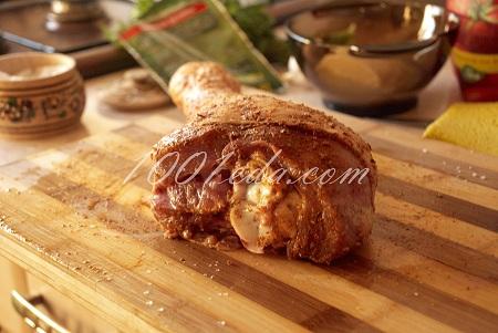 Голень индейки, запеченная в духовке - пошаговый рецепт с