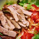 Теплый печеночный салат