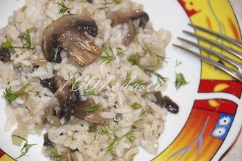Рецепт гарнира из риса с шампиньонами