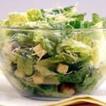 Капустный салат с курицей и сыром