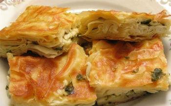 Удивительно вкусный и сытный рыбный пирог с рисом