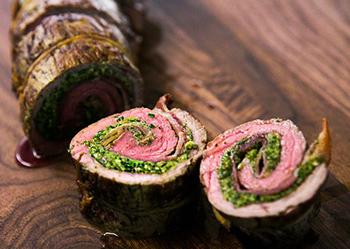 Рецепт рулета из индейки со шпинатом и перцем - Мясной ...