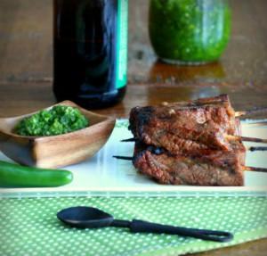 Рецепт говядины на гриле с острым соусом