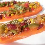 Морковь, фаршированная овощами
