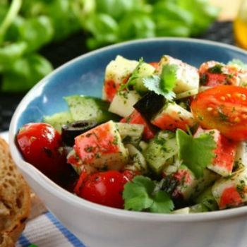 с Салат овощами крабовых палочек из