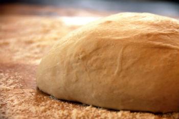 Самое вкусное дрожжевое тесто – кулинарный рецепт