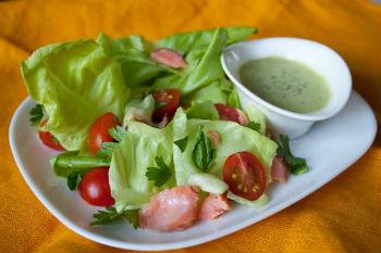 греческий салат с семгой рецепт