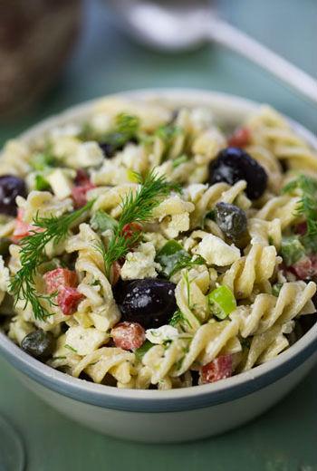 Греческий салат с анчоусами и колбасой