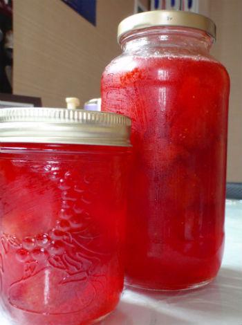 Компот из клубники на зиму: 2 рецепта