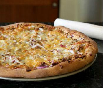 Тесто для пиццы быстрое и вкусное с сухими дрожжами без молока и яиц рецепт