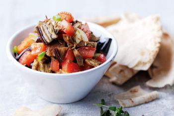 рецепт салата лаззат с баклажанами