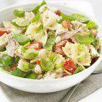 Макаронный салат с курицей