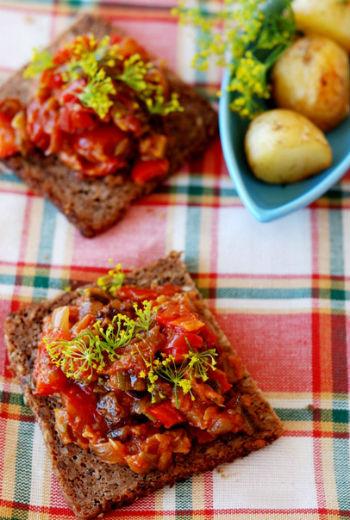 Рецепт икры из кабачков с красным перцем