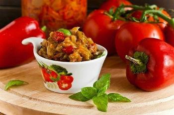 Как приготовить икру из кабачков и болгарского перца