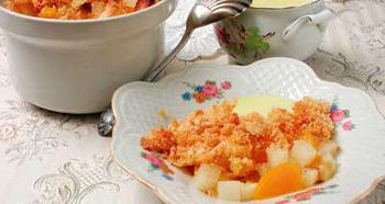 Рецепт шарлотки с абрикосами и яблоками