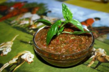 аджика из помидор рецепт с кинзой