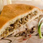 Пирог с мясным фаршем в мультиварке