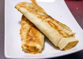 Рецепт бутербродов из лаваша с сосиской