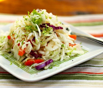 как приготовить салат из капусты с сладким перцем