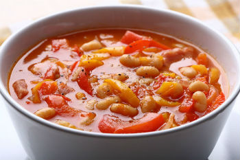 салат на зиму из фасоли с овощами