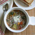 Грибной суп с капустой и кабачками