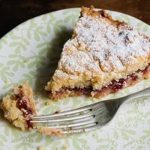 Пирог с яблочным повидлом в мультиварке