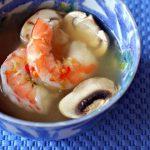 Грибной суп из шампиньонов с креветками