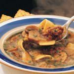 Грибной суп с домашней лапшой из тушенки